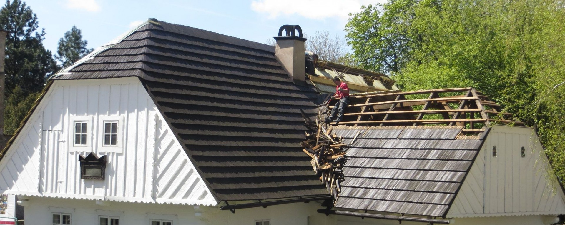 roof repair near Forney